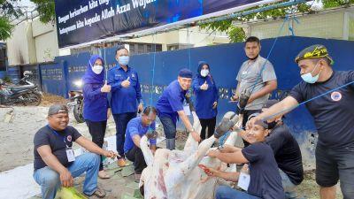 Hari Raya Idul Adha, NasDem Riau Sembelih 2 Ekor Sapi dan 1 Kambing