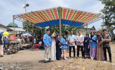 Mahasiswa KKN UIN Suska Riau Ikut Serta Dalam Penyembelihan Hewan Qurban di Desa Tanjung Berulak