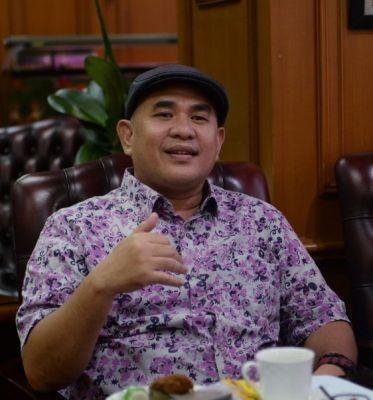 PWI Provinsi Riau Terbitkan Buku Putih Khusus Wartawan Kompeten