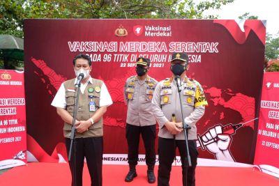 Upaya Hadapi Pembelajaran Tatap Muka, Polda Riau Salurkan Ribuan Vaksin ke Sektor Pendidikan